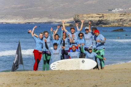 Rapa Nui Surfcamp & Surfschool