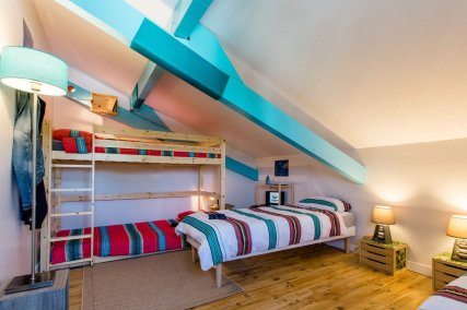 4 beds dormitory