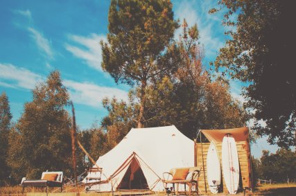 Ultimate Emperor Deluxe Bell Tent with ensuite WC & Washroom (2)