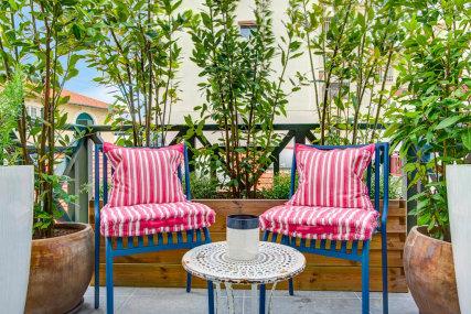 The little terrace