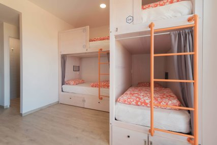 Bed in 6 Bed Mixed Dorm Ensuite