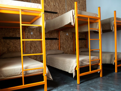 Shared room of 6 beds