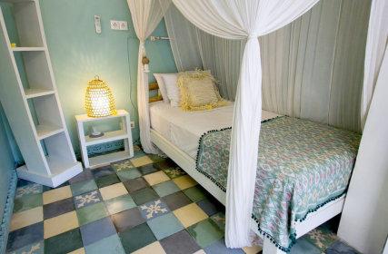 Nias Single Room