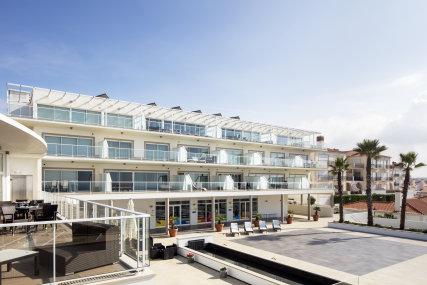 The Beachfront apartments