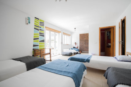 Room 5 persons with pool view