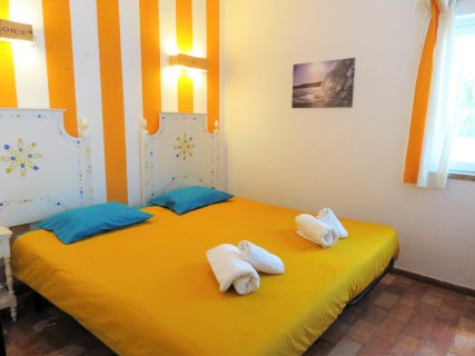 Twin/Double room (Yellow room)