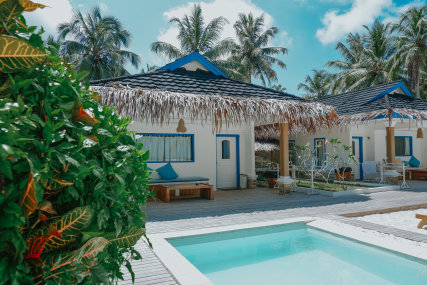 Villa 3 w/ dip pool